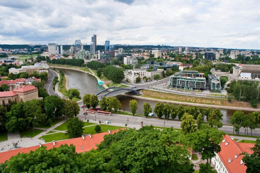 LB: a number of FinTech companies are considering to movefrom UKto Lithuania